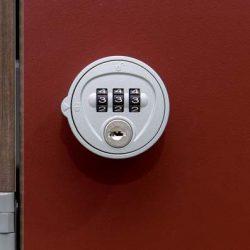 serratura con combinazione