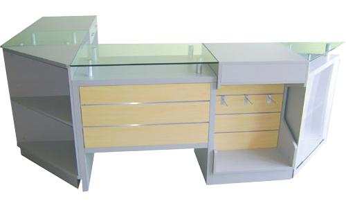 banco vendita angolare con top in vetro