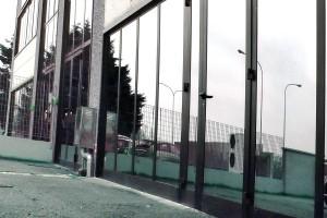 chiusure industriali a vetrate