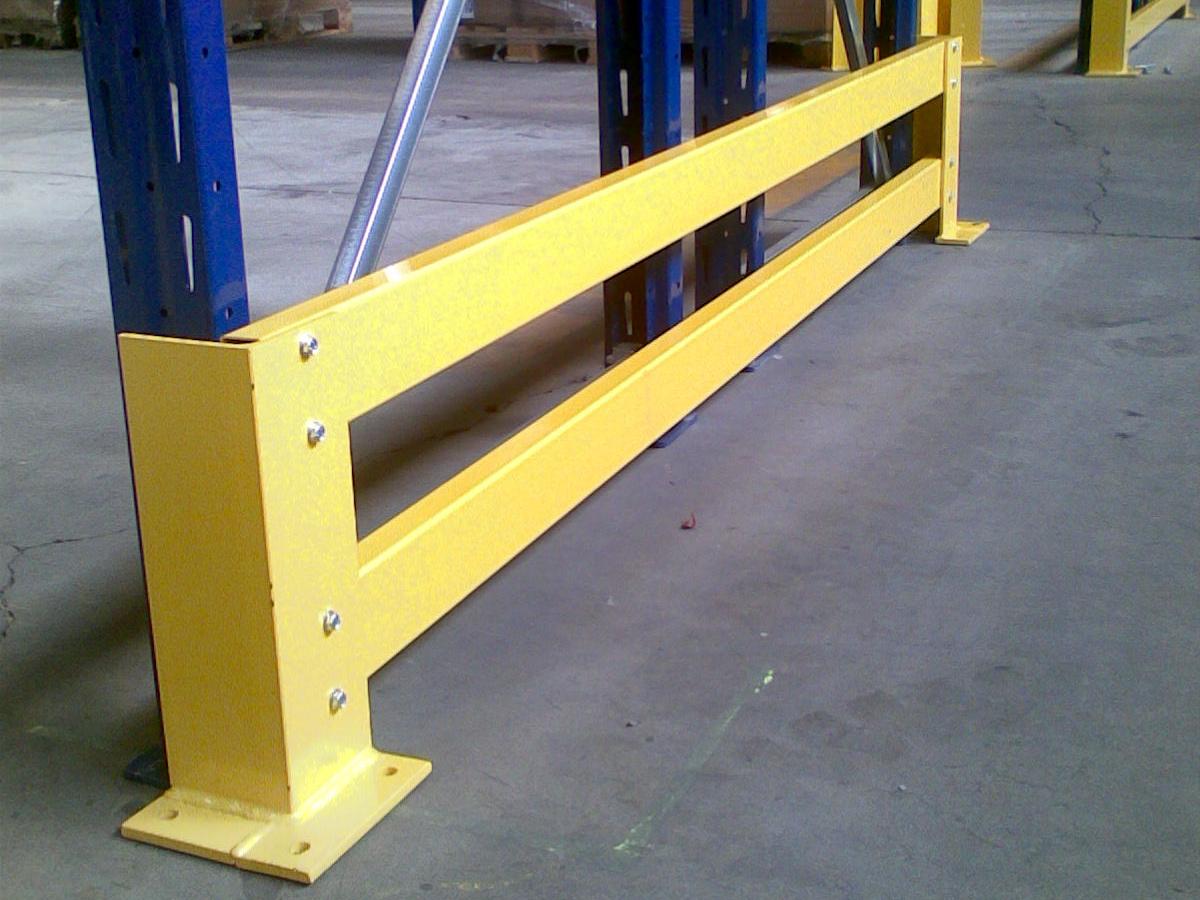 guard rail in carpenteria