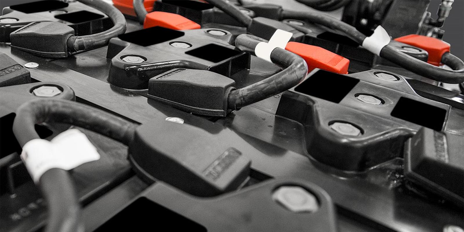 manutenzione batterie a trazione torino